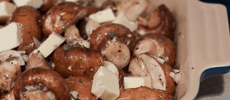 Champignons bakken? Heerlijke Knoflookpaddestoelen op toast!