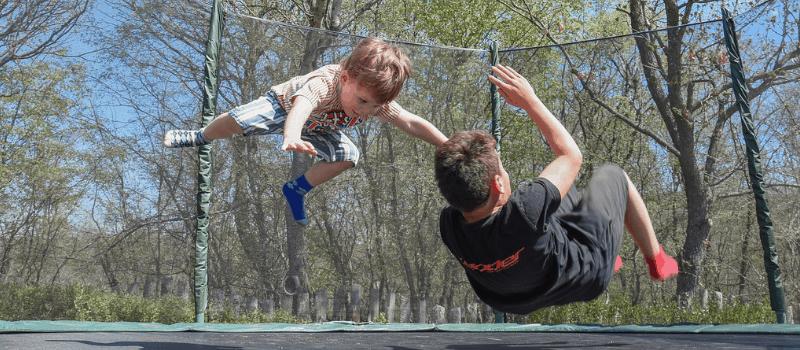 kleine trampoline 800x350px