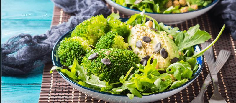 Broccolisalade 800x350px