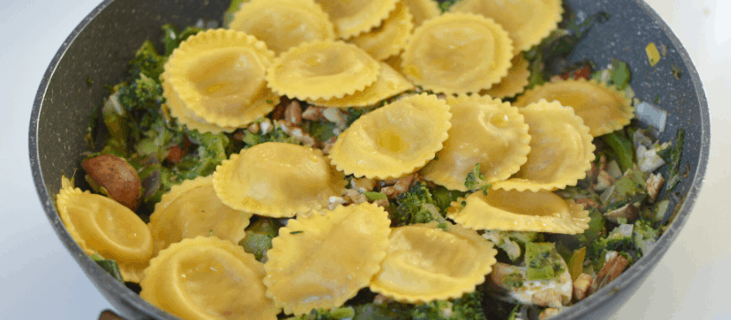 Pasta met broccoli en walnoten