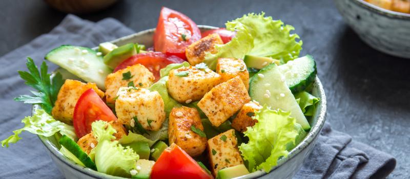 Thaise Salade met crispy tofu